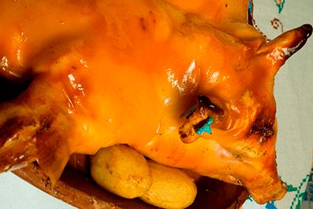 Cochinillo Asado plato recomendado del Restaurante Botín